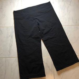 Lululemon black Caprii pants.